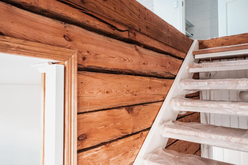puutalo-osakkeen remontti asuinkäyttöön