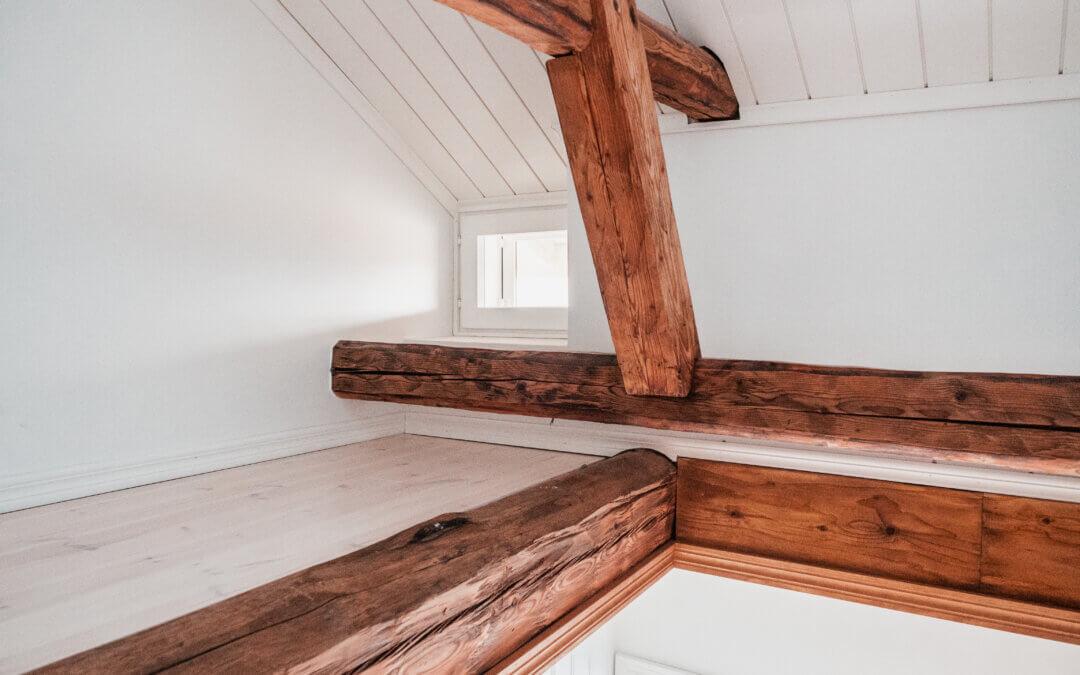 Kylmä ullakko asuinkäyttöön – yli 100-vuotiaan puutalo-osakkeen remontti