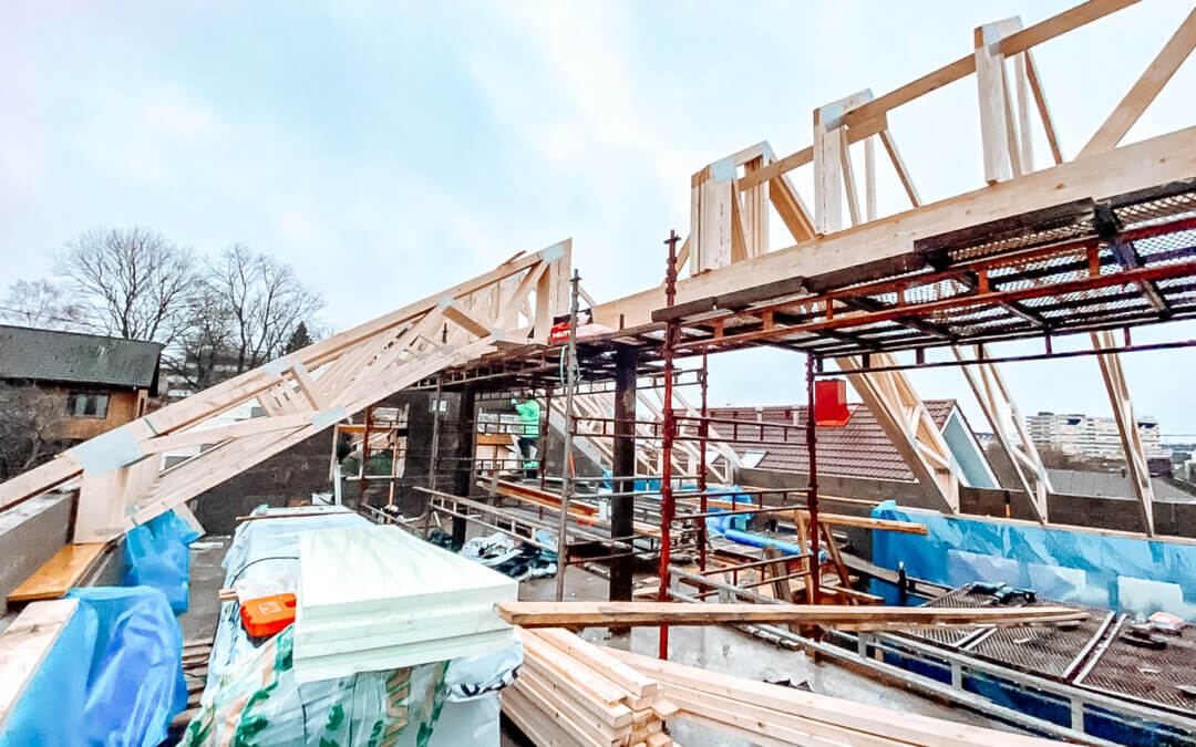 Omakotitalon rakentaminen Turussa edistyy – kutsu harjannostajaisiin!